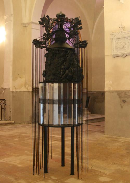 Grenadille sculpture réalisée dans le cadre de sa résidence au collège Marcel Pagnol